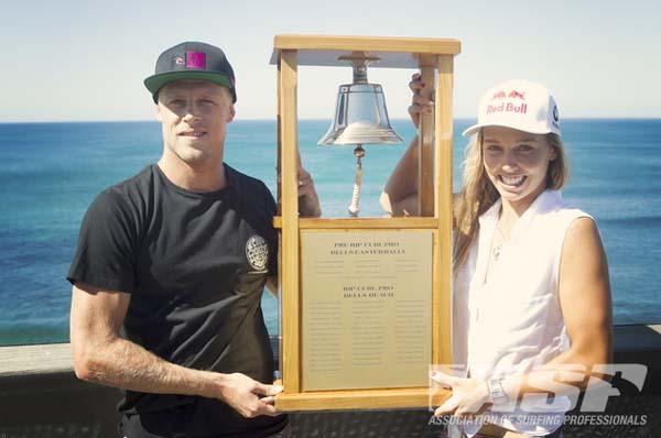 Mick Fanning und Stephanie Gilmore gewinnen beim Rip Curl Pro Bells Beach 2012.  Foto: ASP/Kirstin