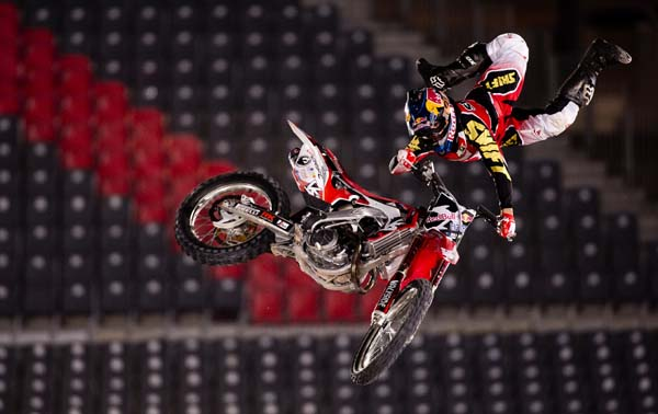 Red Bull X-Fighters Dubai 2013: Qualifying.  Foto: Naim Chidiac/Red Bull Content Pool