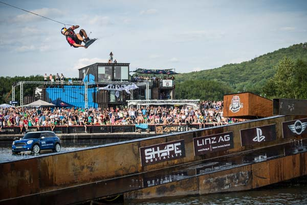 Red Bull Wake of Steel 2013.  Foto: Philip Platzer/Red Bull Content Pool