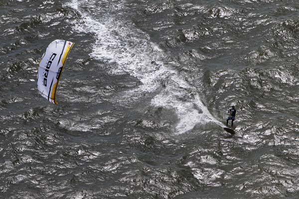 Kitesurf World Cup St. Peter Ording 2012.  Foto: HOCH ZWEI / Philipp Szyza