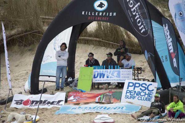 Deutsche SUP Wave Meisterschaft Peniche 2013.  Foto: Johannes Wyneken
