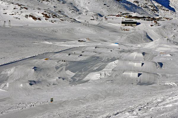 Snowpark Kaunertal.  Foto: Lars Bärenfänger