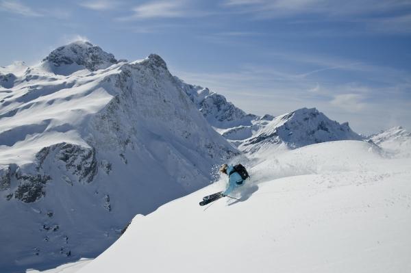 Freeriden Arlberg Warth-Schroecken 2013 2014.  Foto: Kilian Blees/ Skilifte Warth