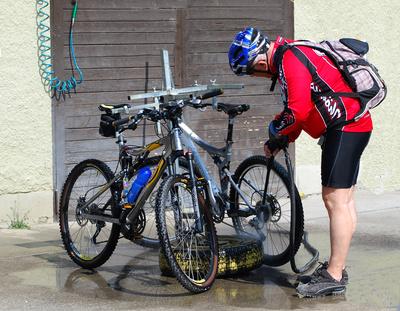 Mountainbiker.  Foto: berggeist007  / pixelio.de