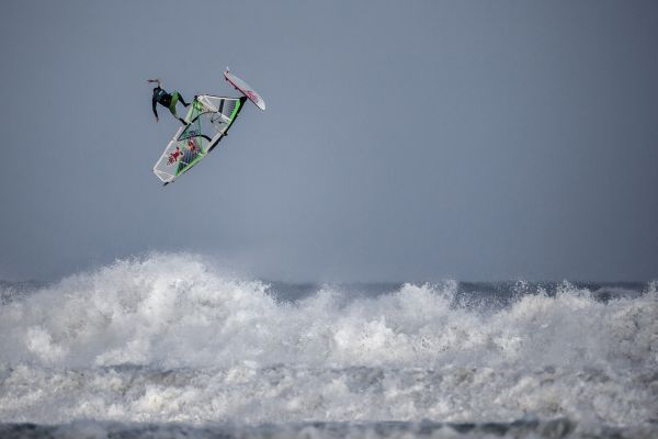 Red Bull Storm Chase Mission 3: Cornwall, England.  Foto: Simon Crowther/Red Bull Content Pool