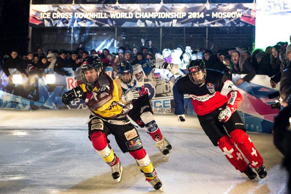 Red Bull Crashed Ice Moskau 2014.  Foto: Pedrag Vuckovic/Red Bull Content Pool