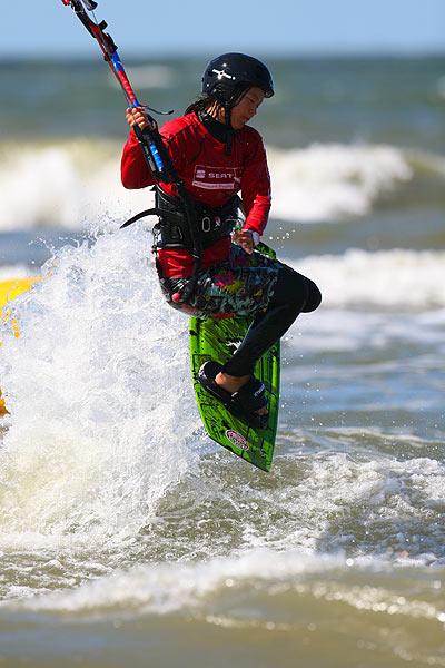 Sabrina Lutz bei der Deutschen Kitesurf Meisterschaft in St. Peter-Ording