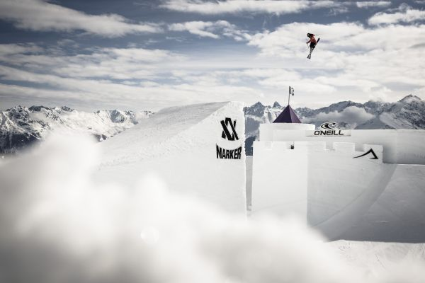 Nine Knights und Nine Queens in Livigno.  Foto: Christoph Schöch