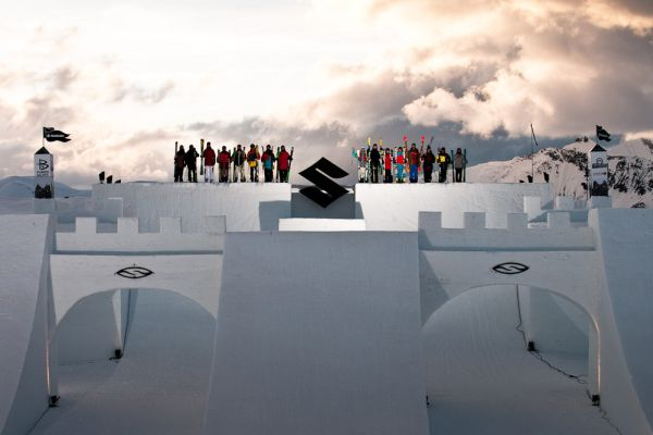 Nine Knights und Nine Queens in Livigno.  Foto: Klaus Polzer