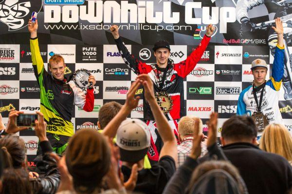 Der Jubel danach: iXS European Downhill Cup 2014.  Foto: Thomas Dietze