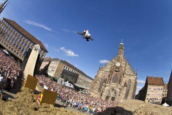 Darren Berrecloth in Action beim District Ride 2011.  Foto: Flo Hagena/Red Bull Content Pool