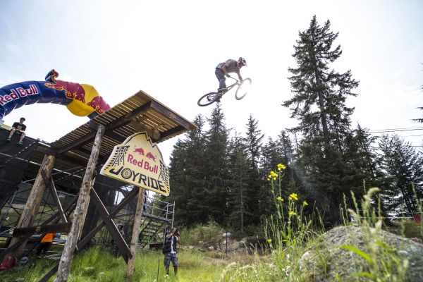 Martin Söderström in Action.  Scott Serfas/Red Bull Content Pool
