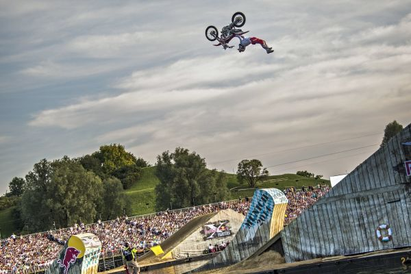 Red Bull X-Fighters M�nchen 2014. Foto: Daniel Grund/Red Bull Content Pool