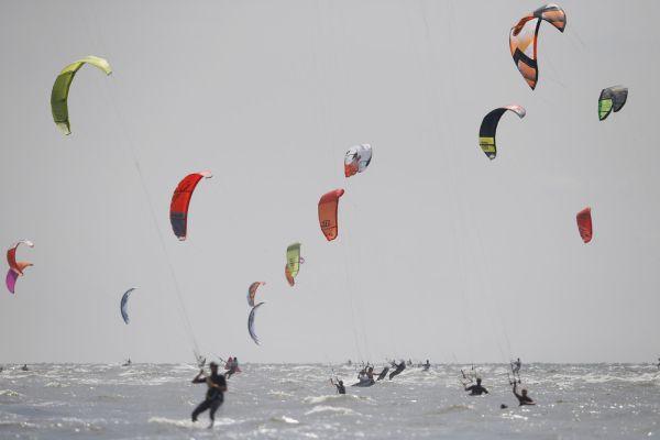Kitesurf World Cup St. Peter-Ording 2014.  Foto: HOCH ZWEI / Joern Pollex