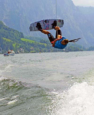 Lisa Greslehner beim Austrian Wakeboard Cup in Gmunden Foto: Konflozius