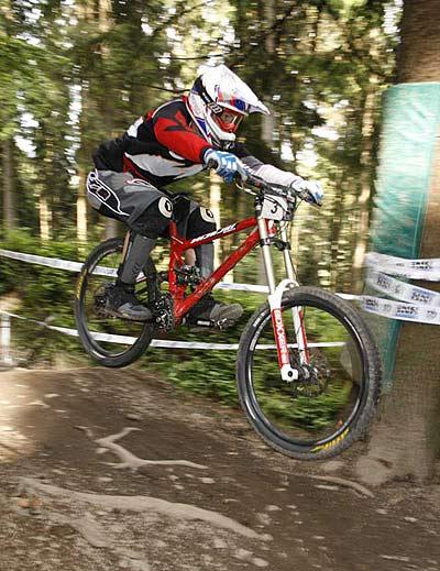Frank Schneider beim iXS Downhill Cup