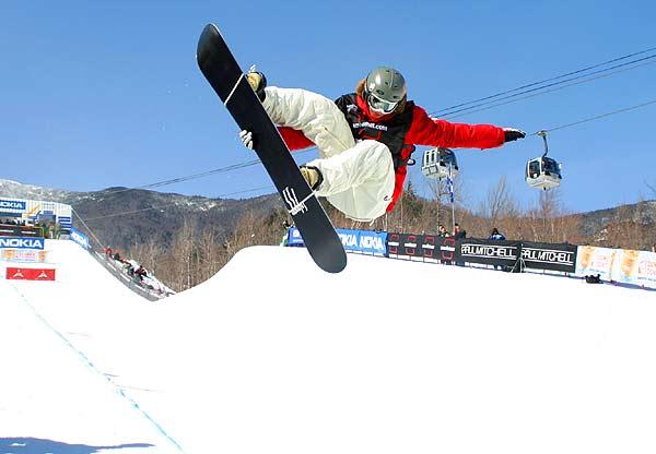Es geht wieder los mit dem FIS Snowboard Weltcup Foto: FIS / Oliver Kraus