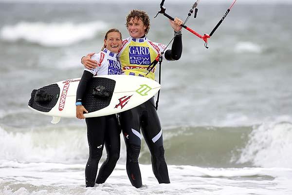 Die neue Weltmeisterin in Boardercross Kristin Boese mit ihrem Lebensgefährten Sky