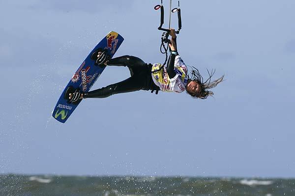Die neue Freestyle Weltmeisterin Gisela Pulido beim Kitesurf World Cup in St- Peter-Ording Foto: Veranstalter